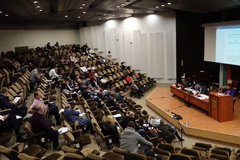 Община Варна подпомага финансово над 230 варненци