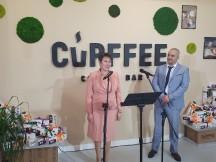 Министър Везиева откри първата  иновативна фабрика в Европа за производство на  биоразградими чаши за кафе