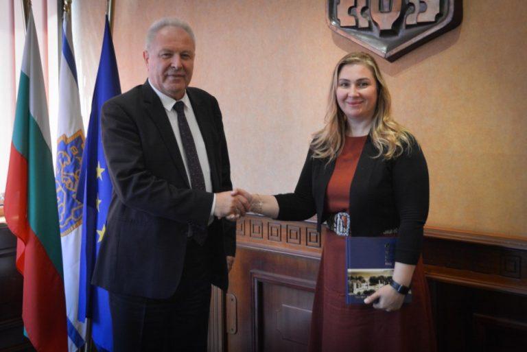 Посланикът на Ирак посети Варна